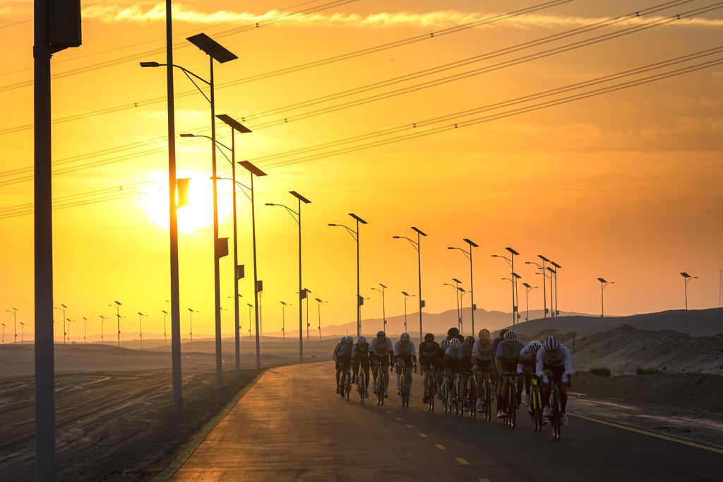 DAMAN Sunset Cycle Race gallery photo